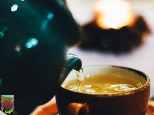 Cos'è il tè deteinato?