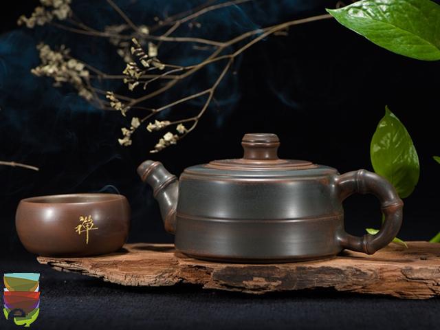Read more about the article Qual è il materiale migliore per la teiera?